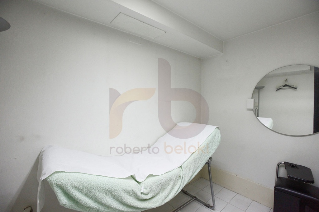 8-RobertoBelokiLN1000