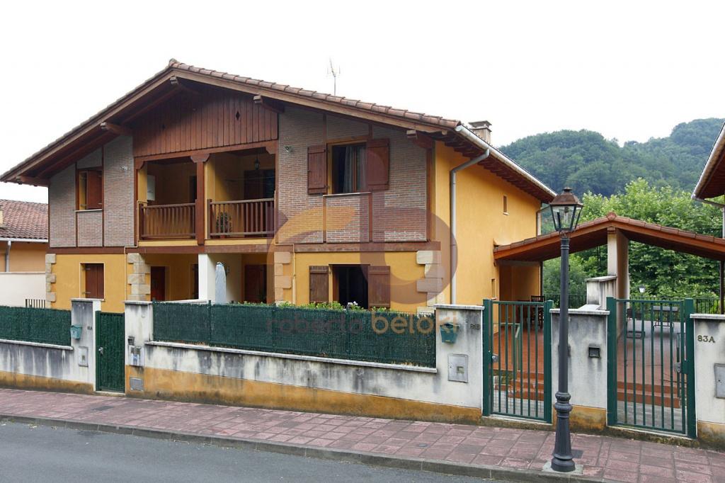 Casa, Chalet, Torre, Villa. en Venta en Lesaka Navarra C1190