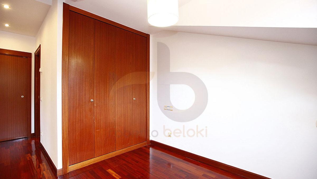 Robero Beloki -MP1100 (19)-M copia