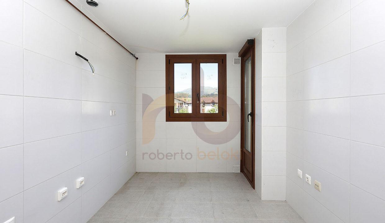 Roberto Beloki - DP1198 (10)-M copia