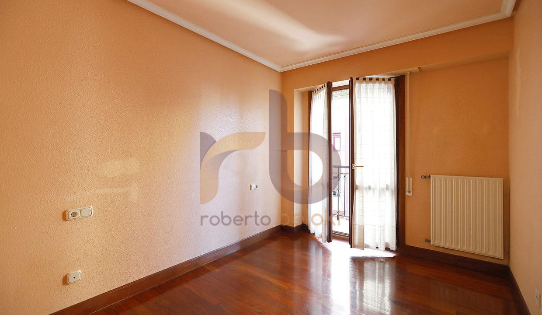 Roberto Beloki P1598 (15)-M copia